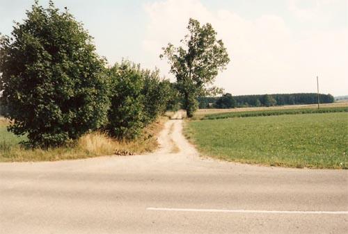 Via Claudia Dammanlage an der Verbindungsstraße B17 - Leder